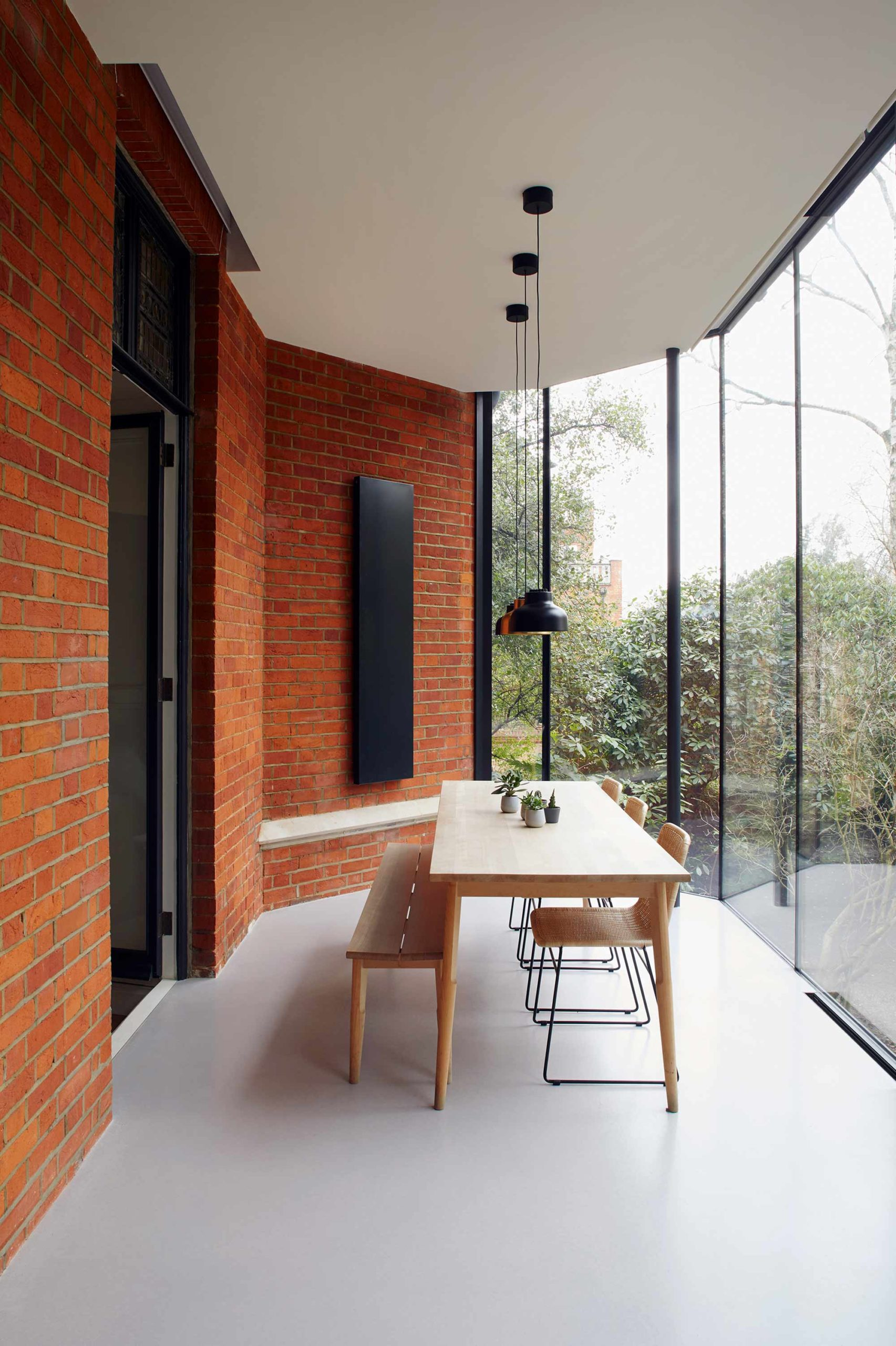 Glass Fronted Extension Dining Table And Chairs